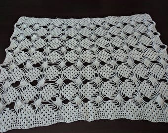 Vintage French stunning hand crochet white cotton doily  (04846)