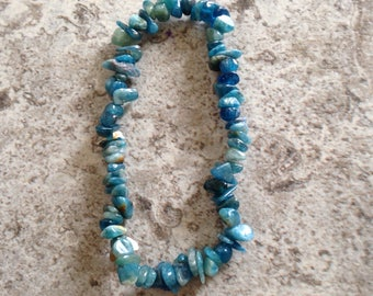 Neon blue Apatite raw gemstone (certified) crystal healing plain stretch bracelet