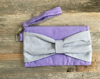 Bow Wristlet- Purple and Gray Linen- Detachable Wrist Strap- Date Night- On The Go- Date Night