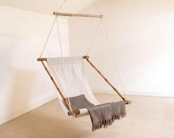 """Fauteuil suspendu en bambou et tissu coton - balancelle ou """"Hanging Chair"""" - Chaise hamac - Collection """"Bohème chic"""""""