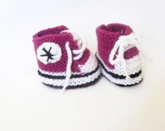 Baby sneakers booties size 0/3 months