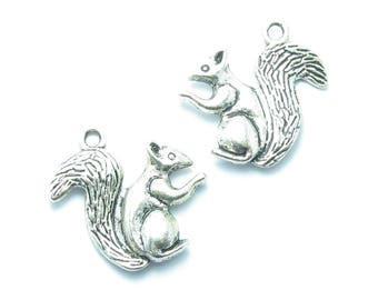 2 charms PENDANTS SQUIRRELS squirrel squirrel 21x21mm