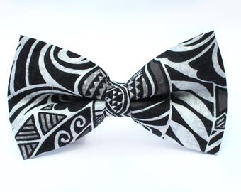 Black and White Tribal Bow Tie, Hawaiian Bow Tie, Toddler Bow Tie, Bow Tie for Wedding, Dog Bow Tie, Mens Bow Tie, Boys Bow Tie, Kid Bow Tie