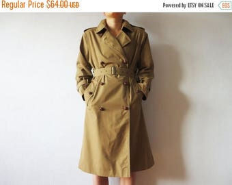 ON SALE Vintage Women's Brown Trench Coat Classic Double Breasted Trenchcoat With Belt Light Brown Detective Overcoat Raincoat Preppy Size L