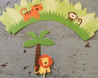 Jungle Cupcake Wrapper and Jungle Cupcake Topper.  Set of 8 Cupcake Wrappers and Toppers.  Cuocake Wrappers.  Cupcake Toppers