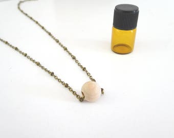 Wood Diffuser necklace, Essential Oil Diffuser jewelry, Aromatherapy necklace, Natural wood Diffuser Necklace
