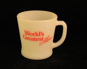 "Vintage ""World's Greatest Mom"" White Milk Glass Coffee Mug Tea Cup Anchor Hocking Red Pyro Print"