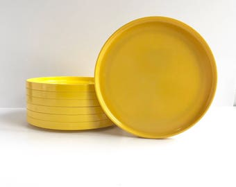 Mid Century Heller Melamine Yellow Dinner Plates, Vintage Heller Plates by Massimo Vignelli 7 Available