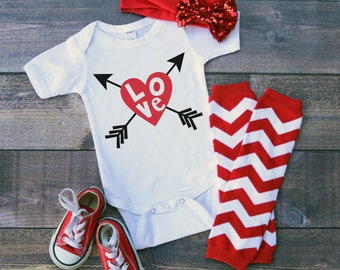 Love Heart Arrows Valentine's Day Funny  Bodysuit or T-Shirt for Baby Toddler Kid Newborn Babies Shower Coming Home Gift Idea Creeper Cute