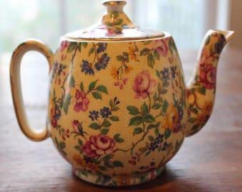 Vintage Royal Winton Clevedon Chintz Grimwades Wright Tyndale & van Roden Inc Teapot