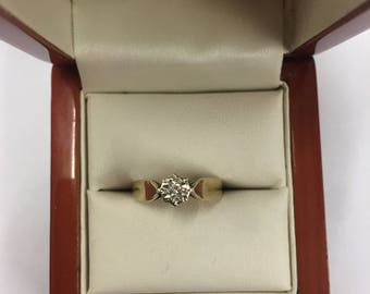 Vingtage 9ct Yellow Gold Diamond Solitaire Ring Size L