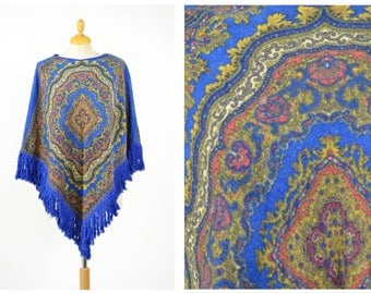 Vintage 1970s printed terry cloth beach poncho cape cloack