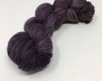 Frozen Grapes Indie Dyed Yarn on Merino cashmere Nylon MCN silver mauve purple tonal