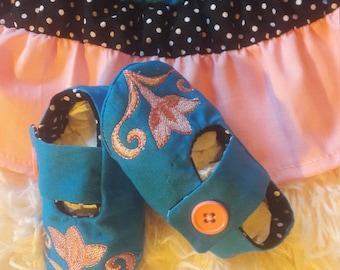 Falda y zapaticos para niñas