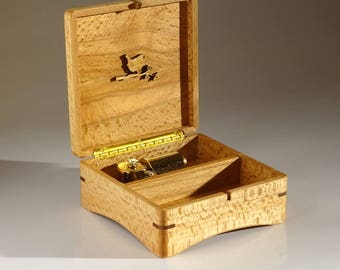"Custom Made Music Box ""Calandra Elegante"" with 30 note movement. Type of wood & tune of your own choice"