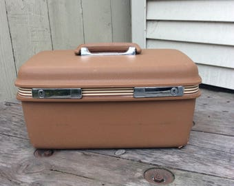 Samsonite Caramel Concord Train Case