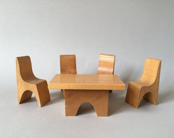 Antonio Vitali Creative Playthings wooden toy - Dollhouse Furniture Chairs and Table - Perfect Gift