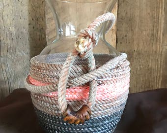 Rope Wrapped Thin Vases, Variations of colors