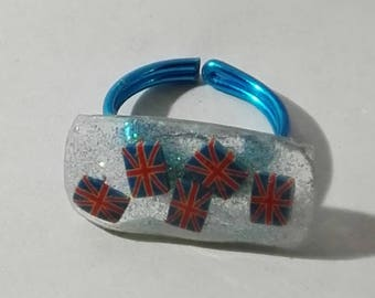 ring rectangular uv gel and cane English flag