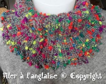 Hand knitted collar wool trade