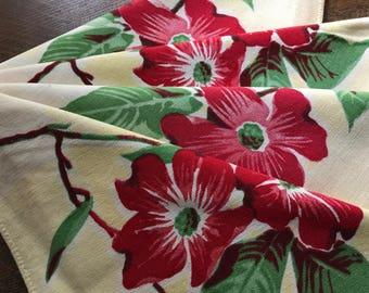 Vintage Linens~4 Matching WILENDUR Napkins~Red Dogwood on Buttercream~1950's~Cottage Romantic Chic~Retro~Four Retro Floral Textiles~Unused