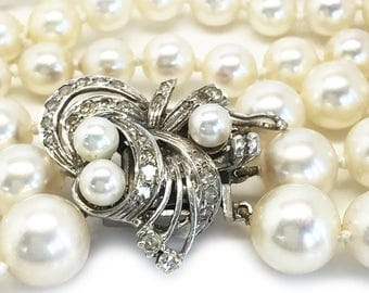 Art Deco Cultured Akoya Pearl Necklace on 18ct,18k White Gold Diamond clasp
