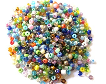 10gr multicolored beads of glass 3mm (approximately 500 beads)