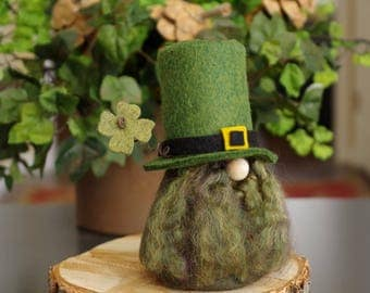 St Patrick's Day Gnome ~ Irish Gnome