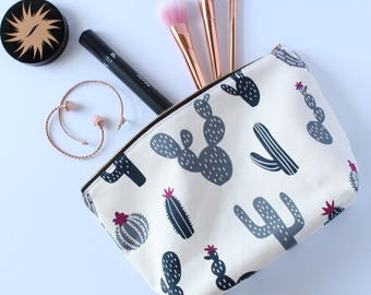 Cactus Makeup Bag, Waterproof Cosmetic Bag, Travel Bag, Make Up Bag, Canvas Toiletry Bag, *READY TO SHIP*