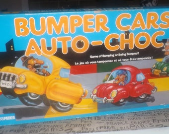 Vintage (c.1987) Bumper Cars board game published in Canada by Parker Brothers.  Bilingual (Eng/French) wording and instructions. Complete!
