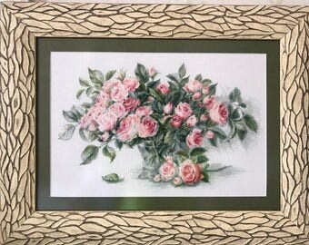 """Embroidered picture """"Roses in a vase"""""""