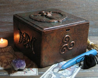 Wiccan Mother Goddess Tarot Card Candle Altar Spell Box, Pagan Bronze