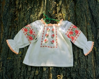 Embroidered   blouse for girl