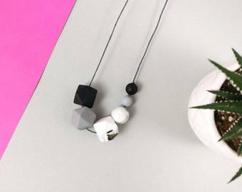 Baby Friendly Silicone Necklace - Black Marble Grey | New Mum Gift | Baby Shower Gift | Nursing necklace | Geometric necklace | gift for her