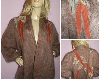 Vintage 80s Light Brown SHAGGY MOHAIR Velvet Applique OVERSIZED Slouchy cardigan Xl 1980s Kitsch Trashy