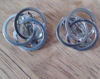 Trinity Circles Clip Earrings