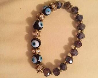 Light purple evil eye bracelet