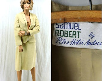 Vintage 70s mod faux suede high waisted skirt suit size XS beige cream 1970s Samuel Robert ultra-suede retro blazer and skirt size 3 / 4