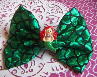 NEW Lovely Large Mermaid Green Scales Hair Bow Clip NEW Handmade Large Bow Alligator Clip Only