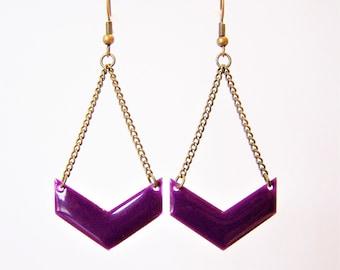 Chevron purple enameled earrings