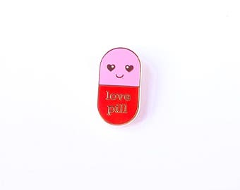 Love pill hard enamel Kawaii pin red pink