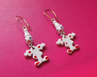 Sweet vintage plastic white and red clown dangle earrings