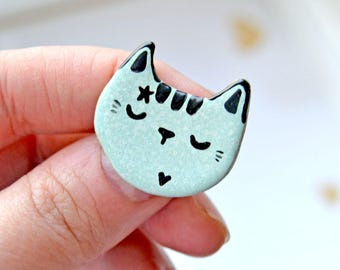 Mint Cat Brooch, Adorable Cat Lady Gift, Heart and Star, Ceramic Cat Pin, Cat Jewelry, Cat Pin, Tiny Ceramic Animal