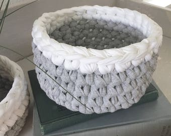 Bowl / Basket / Grey and White