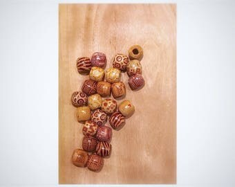 Wooden beads, Barrel shaped, print, 16mm, 24 per pack