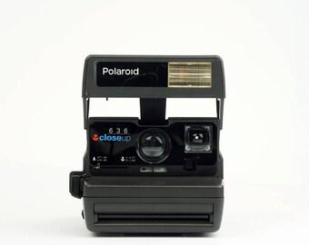Polaroid 636 CloseUp Instant Film Camera  - *Discount Polaroid Originals 600 Colour Instant film Pack offer with this Camera*