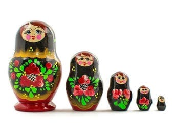 "3.5"" Set of 5 Olesya Russian Wooden Nesting Dolls"