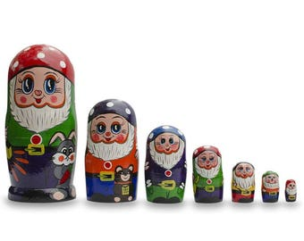 "8"" Set of 7 Gnomes Wooden Nesting Dolls"