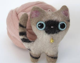 Plush cat Siamese blue felted natural wool