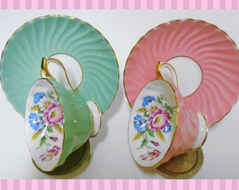 Set of 2 Aynsley pink poppy art deco fancy sage green dusty pink Tea cup and saucer swirl texture